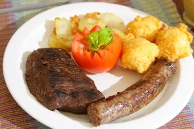 Safari-Ostrich-Farm-Oudtshoorn-Western-Cape-Restaurant-2