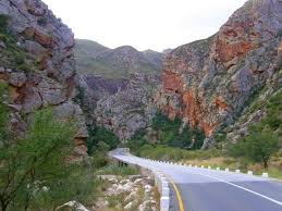 meiringspoort-Oudtshoorn-South-Africa